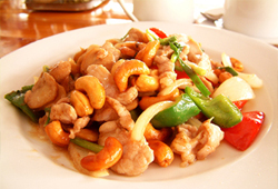 the beach restaurant bang saray - chicken cashew nuts
